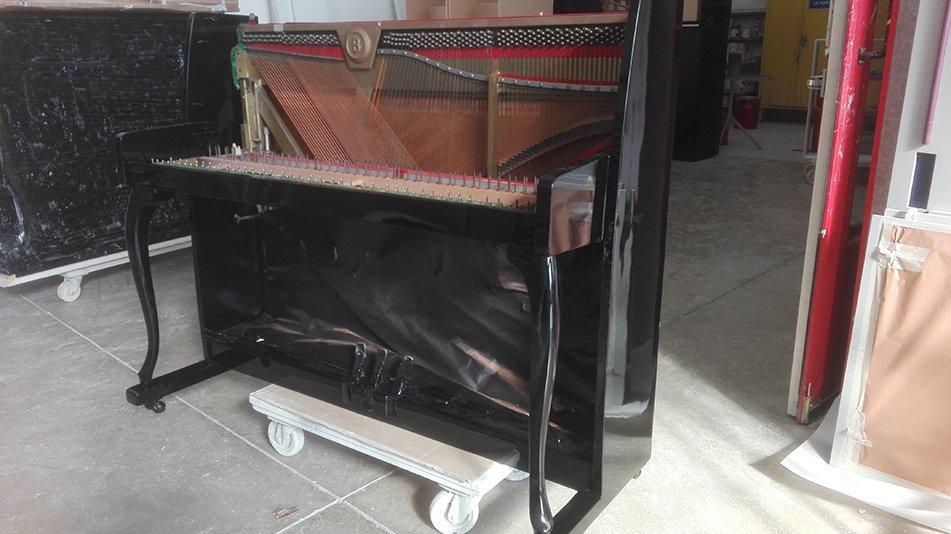 verniciatura-mobili
